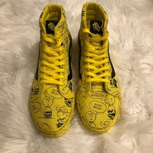 LIMITED EDITION PEANUTS BY SCHULTZ VANS
